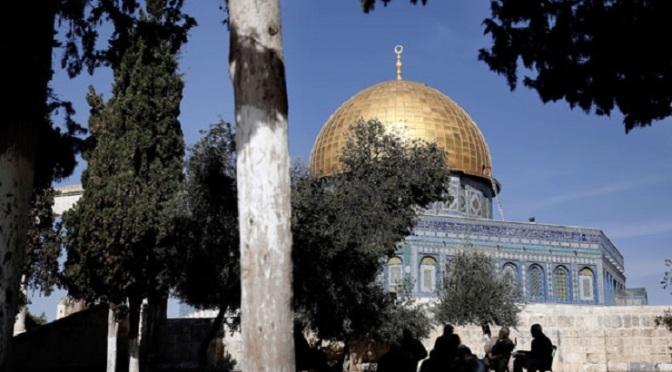Christian, Muslim leaders united in defense of Holy Al-Quds