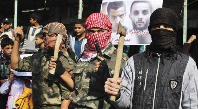 Heroic Palestinian stabs 2 Israeli occupiers in Al-Quds